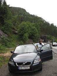 Как не повредить автомобиль в дороге?