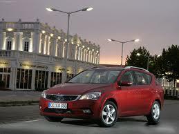 Начались продажи второй версии Kia Cee'd...