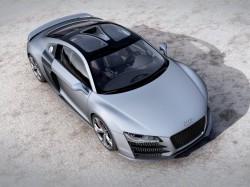 Обзор нового автомобиля Audi R8