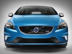 Обзор автомобиля Volvo V40 R-Design